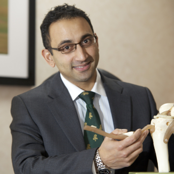 Consultant Knee Trauma Surgeon Chinmay Gupte