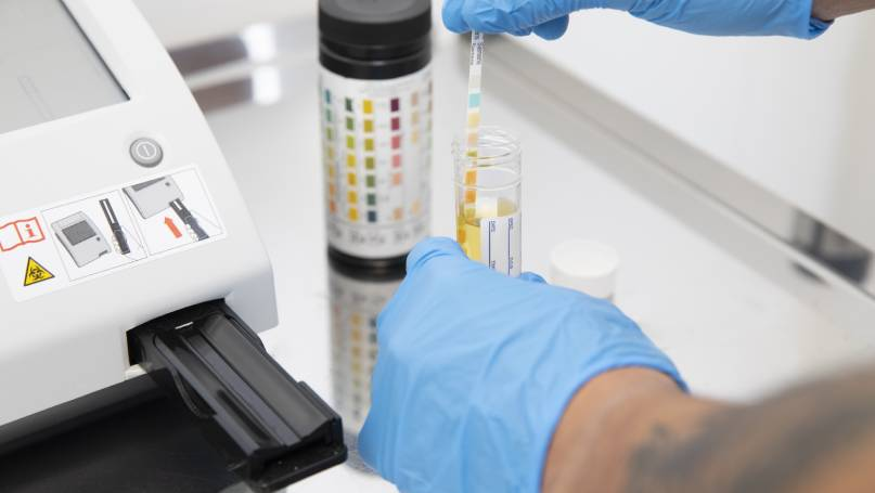 Blood and urine outpatient testing