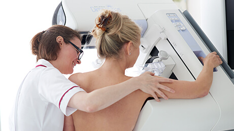 Patient having a mammogram